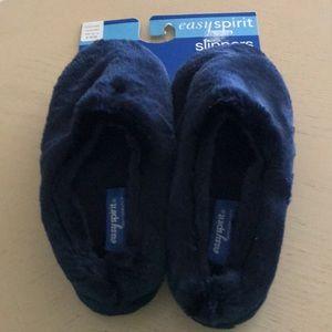NWT ladies slippers